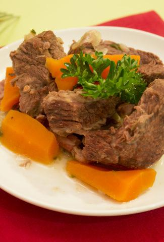 Braised carrot beef