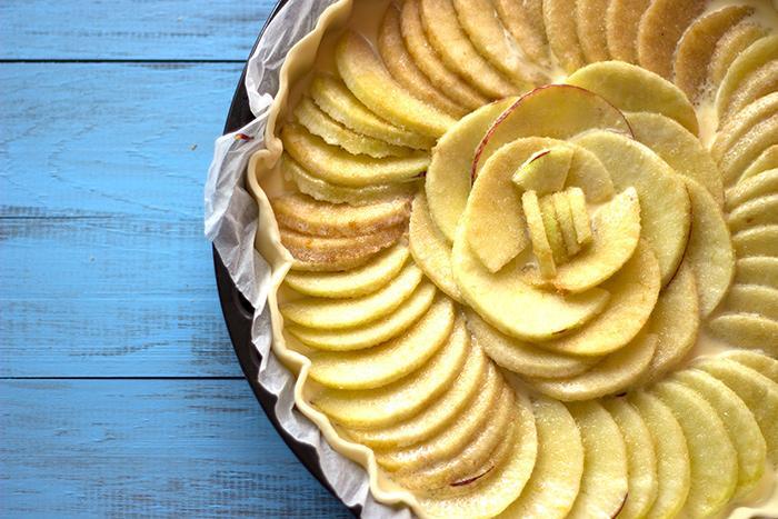 Apple tart before baking