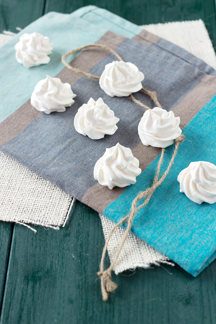 Authentic French Mini Meringues Recipe