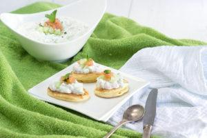 Blinis and tzatziki with Labeyrie smoked salmon