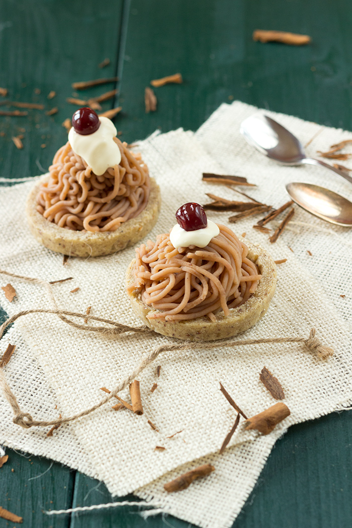 Chestnut vermicelli tartlets recipe