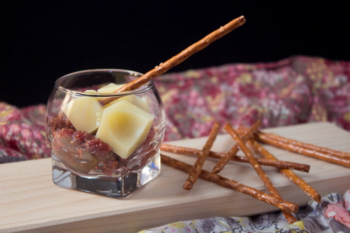 Fig chutney with emmental verrine