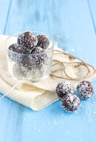 Kókuszgolyó ou boules hongroises à la noix de coco