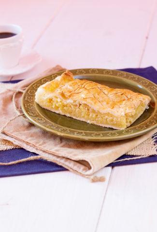 Pithiviers ou galette frangipane aux pommes pour célébrer les rois
