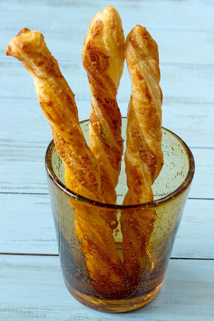 Puff pastry parmesan bread sticks