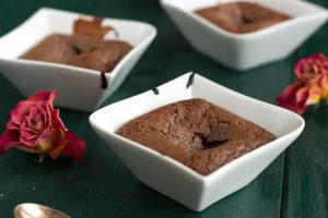 Quick & easy chocolate fondant cake recipe